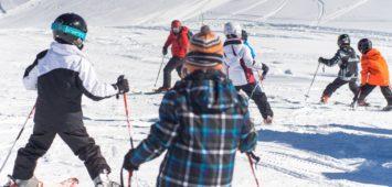 Ιδανικές συνθήκες για την πρώτη επαφή με το χιόνι!